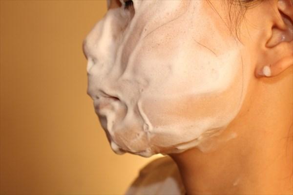 過度な洗顔・スキンケア・消毒